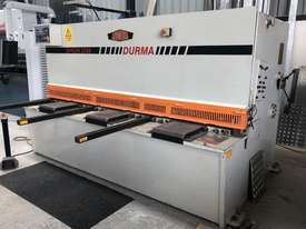 Used 2002 Durma DHGM 2506 Guillotine - picture0' - Click to enlarge