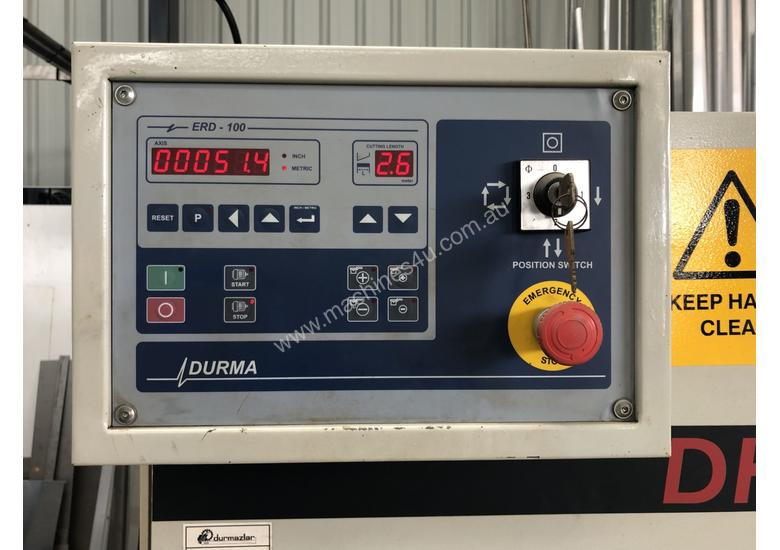Used 2002 Durma DHGM 2506 Guillotine