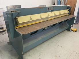 Hydraulic Guillotine - picture1' - Click to enlarge