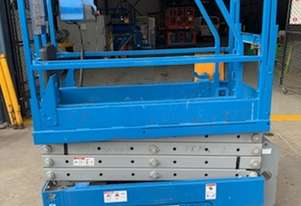 Genie   19FT SCISSOR LIFT