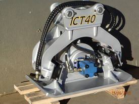 EXCAVATOR COMPACTION PLATE ATTACHMENT FRC40 - picture1' - Click to enlarge
