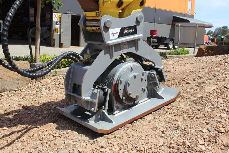 EXCAVATOR COMPACTION PLATE ATTACHMENT FRC40