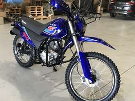 NEW PRO AG 200 AG FARM DIRT BIKE TRAIL ALL TERRAIN MOTORBIKE E/START- BOXED* - picture3' - Click to enlarge
