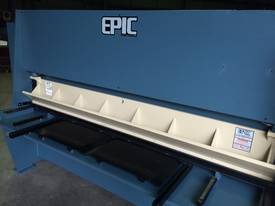 EPIC 2500 x 6.5mm Over Driven Bar Clamp Hydraulic Guillotine - picture2' - Click to enlarge