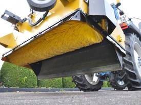 MultiSweep MS425 Sweeper Attachment - picture5' - Click to enlarge