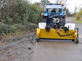 MultiSweep MS425 Sweeper Attachment - picture6' - Click to enlarge
