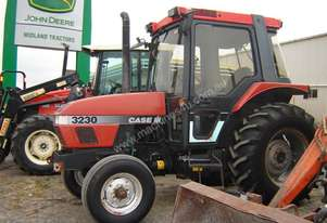 Case   3230 Tractor