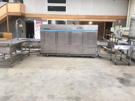 WINTERHALTER STAINLESS STEEL CONVEYOR DISHWASHER