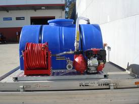 750 LITRE FIRE FIGHTING SKID - picture4' - Click to enlarge