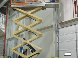 JLG 2032ES Electric Scissor Lifts - picture4' - Click to enlarge