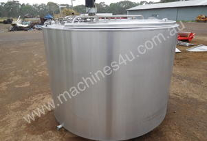 STAINLESS STEEL TANK, MILK VAT 2800 LT