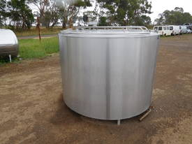 STAINLESS STEEL TANK, MILK VAT 2800 LT - picture1' - Click to enlarge