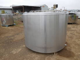 STAINLESS STEEL TANK, MILK VAT 2800 LT - picture2' - Click to enlarge