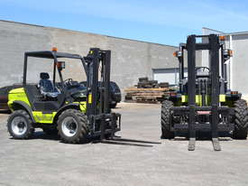 Rough Terrain Forklift TH-120-350 All Wheel Drive - picture4' - Click to enlarge