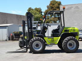 Rough Terrain Forklift TH-120-350 All Wheel Drive - picture5' - Click to enlarge