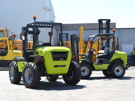 Rough Terrain Forklift TH-120-350 All Wheel Drive - picture6' - Click to enlarge