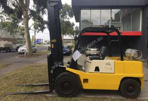 Yale GP45 4.5 Tonne LPG Forklift with Sideshift