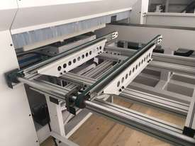 6 sided boring and Face routing. Throughfeed CNC - picture11' - Click to enlarge