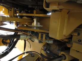 Caterpillar 950H Loader/Tool Carrier Loader - picture8' - Click to enlarge