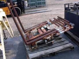 Cascade double pallet handler - picture0' - Click to enlarge