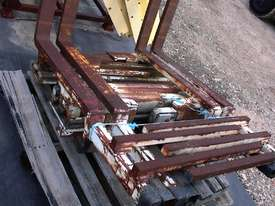 Cascade double pallet handler - picture1' - Click to enlarge