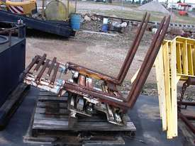 Cascade double pallet handler - picture2' - Click to enlarge