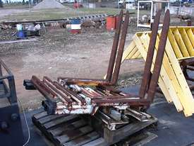 Cascade double pallet handler - picture3' - Click to enlarge