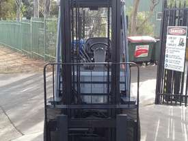 Toyota Forklift 8FG30 3 Ton 4.5m Lift Low Hrs $16999+ GST *Negotiable* - picture3' - Click to enlarge