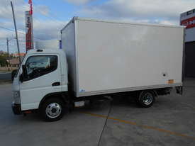 2015 Mitsubishi CANTER FE 515 PANTECH - picture8' - Click to enlarge