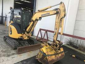 Komatsu PC35MR Mini Excavator  - picture1' - Click to enlarge