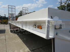 Interstate Trailers Custom White 11 Ton Tag Trailer ATTTAG - picture16' - Click to enlarge