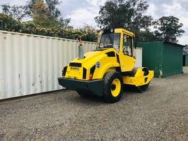 Bomag BW177 Vibrating Roller Roller/Compacting - picture3' - Click to enlarge