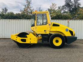 Bomag BW177 Vibrating Roller Roller/Compacting - picture11' - Click to enlarge
