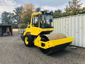 Bomag BW177 Vibrating Roller Roller/Compacting - picture1' - Click to enlarge