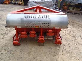 Jacobsen Aerator 3PL - picture4' - Click to enlarge