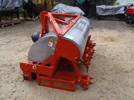 Jacobsen Aerator 3PL - picture8' - Click to enlarge