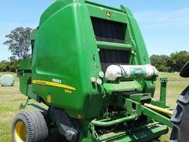 John Deere 864 Round Baler Hay/Forage Equip - picture0' - Click to enlarge