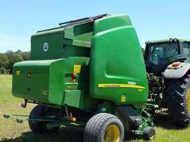 John Deere 864 Round Baler Hay/Forage Equip - picture1' - Click to enlarge