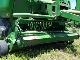 John Deere 864 Round Baler Hay/Forage Equip - picture2' - Click to enlarge