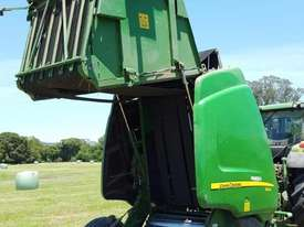 John Deere 864 Round Baler Hay/Forage Equip - picture3' - Click to enlarge