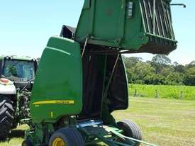 John Deere 864 Round Baler Hay/Forage Equip - picture4' - Click to enlarge