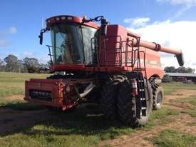 Case IH 9230 Header(Combine) Harvester/Header - picture0' - Click to enlarge