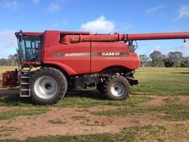 Case IH 9230 Header(Combine) Harvester/Header - picture4' - Click to enlarge