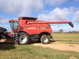 Case IH 9230 Header(Combine) Harvester/Header - picture16' - Click to enlarge