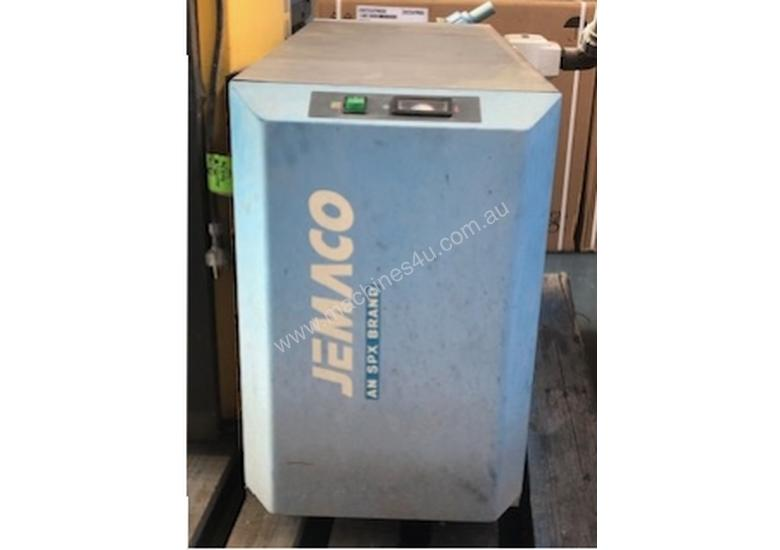 ****SOLD**** Jemaco 120cfm Refrigerated Air Dryer
