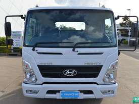 2019 Hyundai MIGHTY EX8  Cab Chassis   - picture1' - Click to enlarge