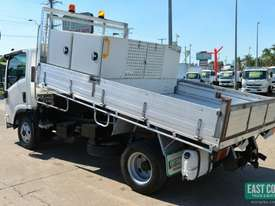 2009 ISUZU NPR 275 Tipper Tray Top  - picture2' - Click to enlarge
