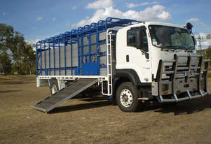 Isuzu FXD Stock/Cattle crate Truck