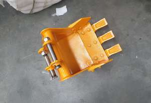 Excavator bucket .800to1.8 tonne rhino xno8 xn12 or similar