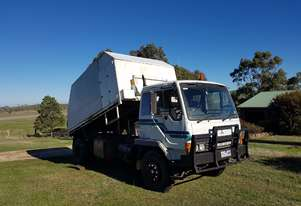 ***MAKE AN OFFER *** 1994 MITSUBISHI FM557JS TIPPER/CHIPPER
